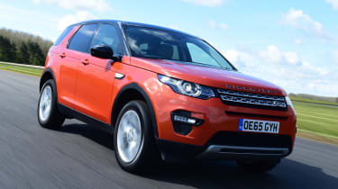 Land Rover Discovery Sport - front