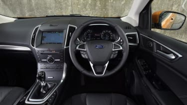 Ford Edge - dash