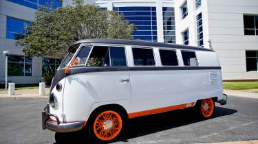 Volkswagen Kombi Type 20 concept - front 3/4 static