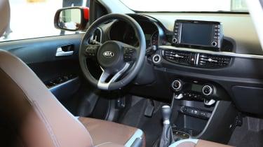 Kia Picanto 2017 - red interior