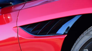 Aston Martin DBS Superleggera - detail
