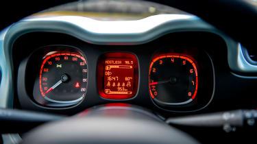 Fiat Panda Mild Hybrid - dials