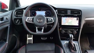 Volkswagen Golf GTI 2017 facelift red - interior