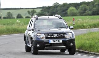 Dacia Duster - front cornering