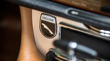 Jaguar XJ6 S1 interior detail