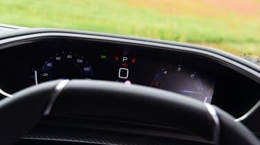 Peugeot 508 SW estate dials