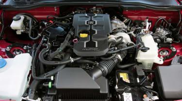 Fiat 124 Spider - engine