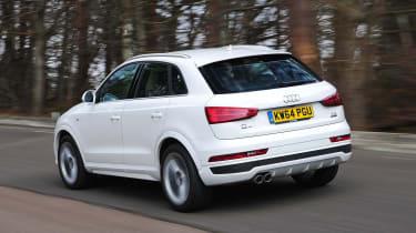 Audi Q3 - rear tracking