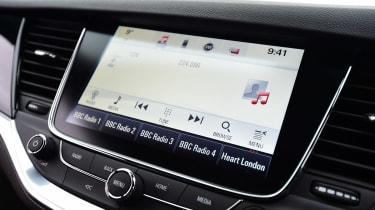 Vauxhall Astra - Mk7 sat-nav