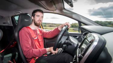 Renault Clio RenaultSport R.S.16 2016 - Sam driving