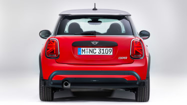 MINI 3-door hatch facelift - full rear red