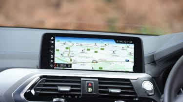 BMW X3 - sat-nav