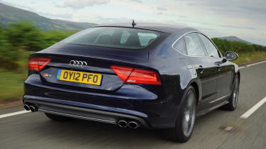 Audi S7 rear tracking