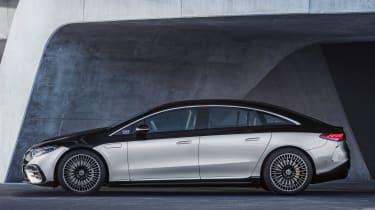 Mercedes EQS - side