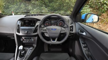 Ford Focus RS group - interior