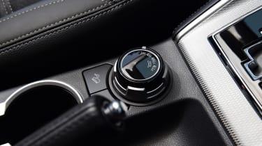 Mitsubishi L200 drive select