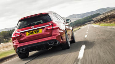 Mercedes-AMG C63 Estate 2015 rear tracking