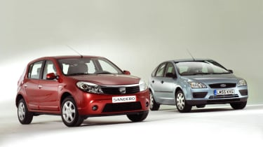 Dacia Sandero vs Ford Focus