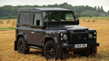 Land Rover Defender Autobiography - front static