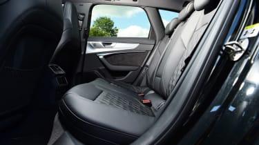 Audi S6 Avant - rear seats