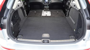 Volvo XC60 - boot seats down