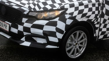 MG ZS - spy shot front detail