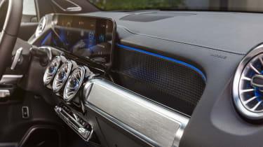 Mercedes EQB - dashboard