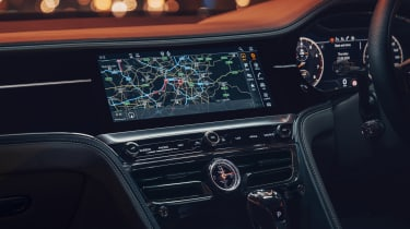 Bentley Flying Spur V8 - sat-nav