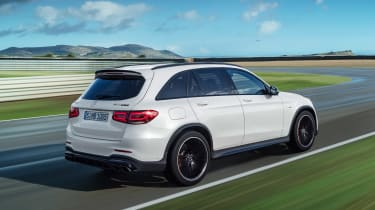 Mercedes-AMG GLC 63 - rear tracking