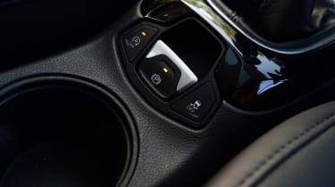 Jeep Compass - parking brake