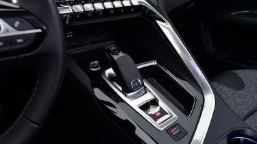 Peugeot 3008 brown - centre console