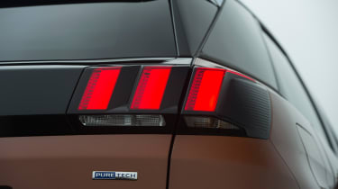 Peugeot 3008 - tail light