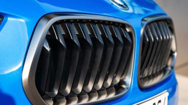 BMW X2 M35i - grille