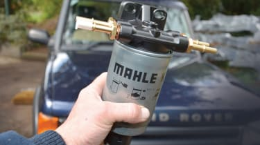 Td5 fuel filter and houseing