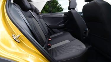 Volkswagen T-Roc Active - rear seats