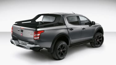 Fiat Fullback Cross rear side