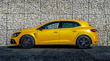 Renault Megane RS Trophy - side