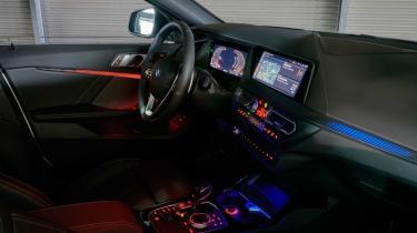 BMW 1 Series 2019 cabin lights