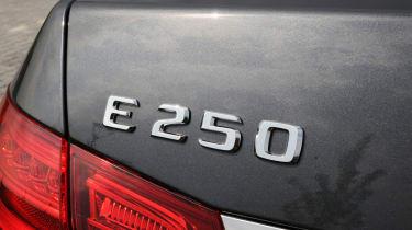 Mercedes E250 CDi badge