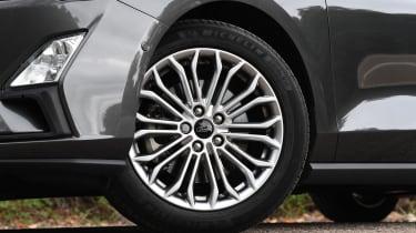 Ford Focus - wheel