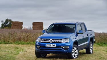 Volkswagen Amarok pick-up 2016 - front static