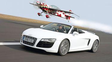 R8 Spyder vs. super-rich thrills