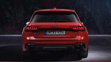Audi RS 4 Avant - studio full rear