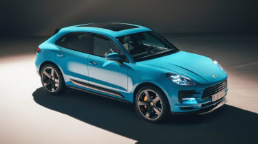 Porsche Macan - front above