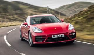 Porsche Panamera Turbo 2017 UK - front cornering