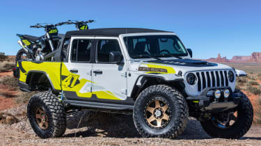 Jeep Flatbill - front static