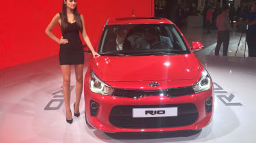 New Kia Rio revealed in Paris 2016 front