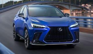 Lexus NX - front action