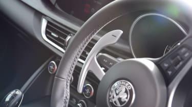 Alfa Romeo Stelvio Nero Edizione - steering wheel