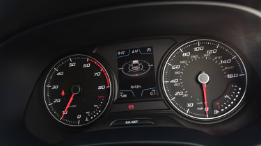 SEAT Leon ST - dials